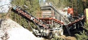 Sandvik UH320 Wheeled cone crusher