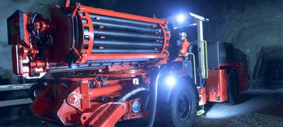 Sandvik DU412i Articulated in-the-hole production drill rig