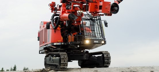 Ranger DX600 Surface tophammer drill rig