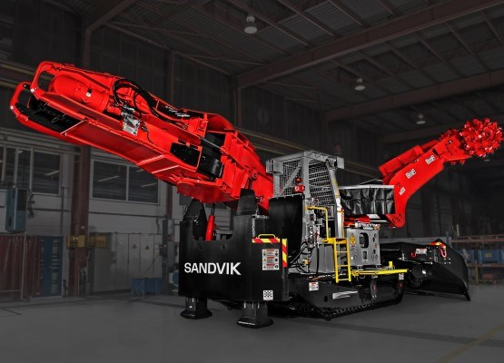 Sandvik MR520 roadheader for mining